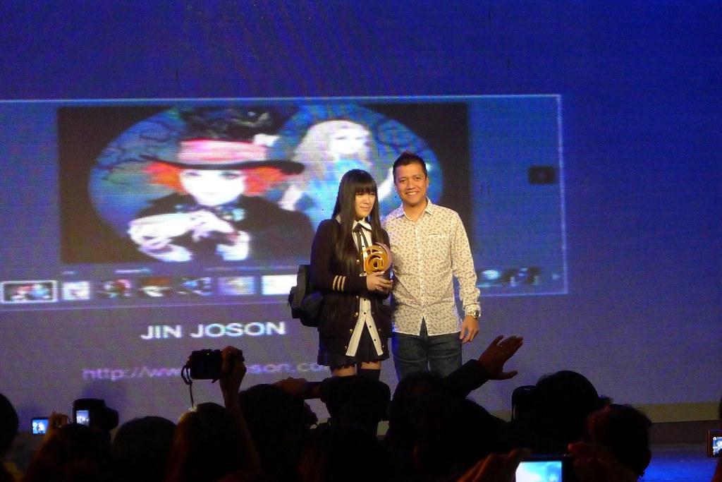 Jin Joson Wins 2011 Globe T@ttoo Awards for Social Media - Artiste Category