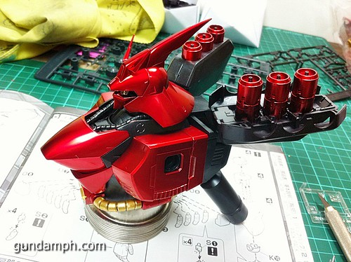 MG Sazabi Metallic Coating (Titanium-Like Finish) (28)