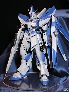 144 RX-93-v2 Hi-v Gundam Resin Cast Kit
