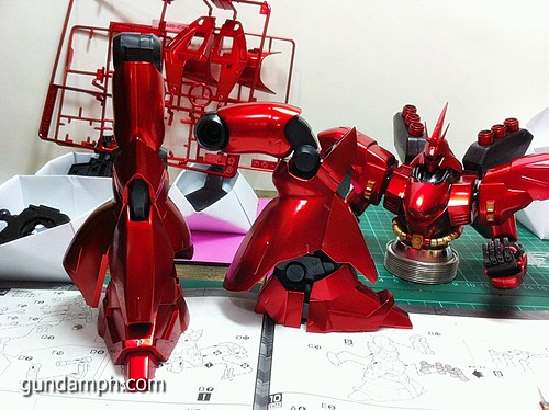 MG Sazabi Metallic Coating (Titanium-Like Finish) (38)