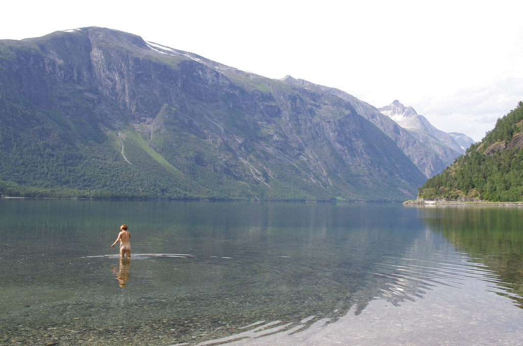 Bad i eikesdalsvannet