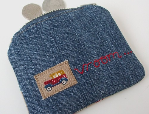 Applique and embroidery on coin purse