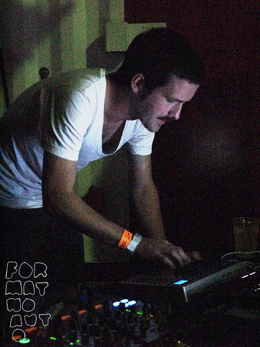 Deadbeat_NewFormsFest2011_IMG_1401