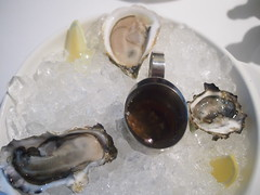 New Zealand, Onzet and Kumamoto Oysters, Luke's Oyster Bar & Chop House, Gemmill Lane
