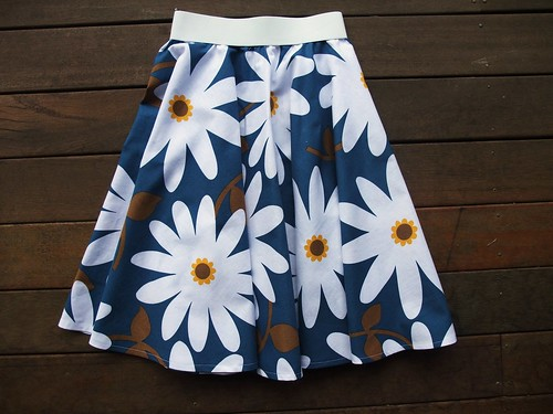 Daisies Circle Skirt 2