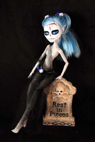Dia de Los Muertos Ghoulia