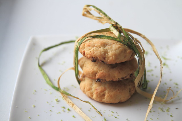 Lime white chocolate cookies