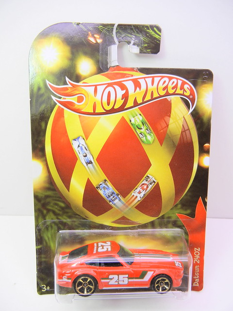 2011 hot wheels holiday hot rods datsun 240z (1)