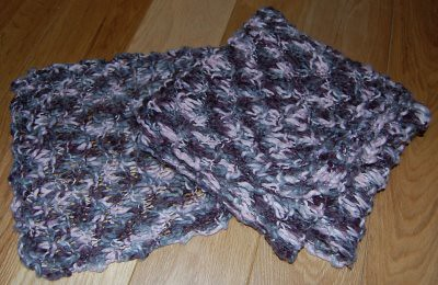Studio Paars: purple knit scarf / paarse gebreide das