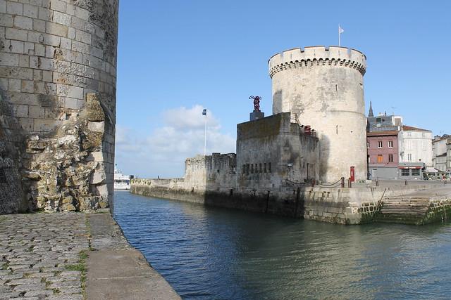 Entrée du vieux port de La Rochelle