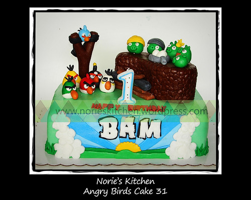 Norie's Kitchen - Angry Birds Cake 31 by Norie's Kitchen