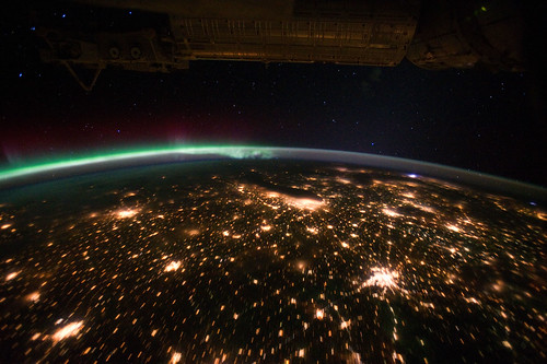 Midwestern U.S. Night With Aurora Borealis (NASA, International Space Station, 09/29/11)