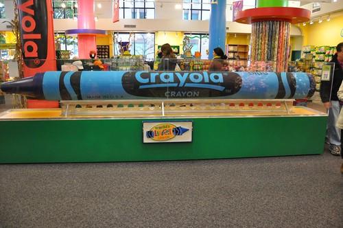 Largest Crayon everrr!