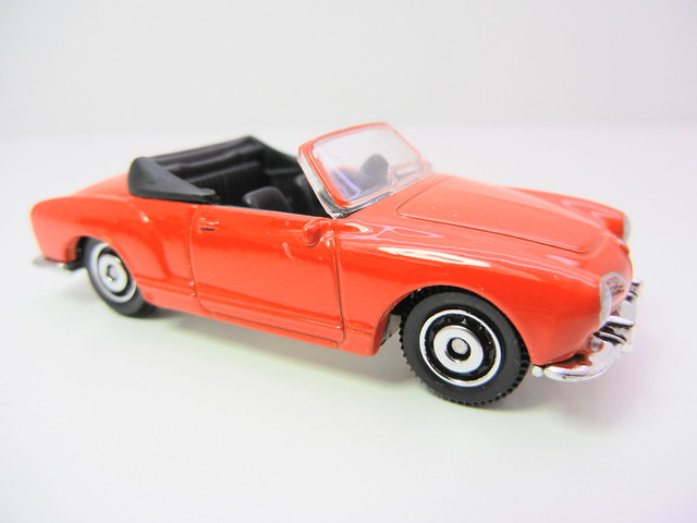 matchbox kharmann ghia convertible red  (3)
