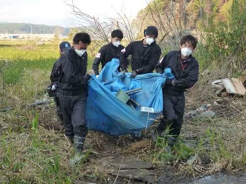 陸前高田市広田町でボランティア(レーベン隊) Volunteer at Hirotacho, Rikuzentakata, Iwate pref. Deeply Affected Area by the Tsunami of Japan Earthquake