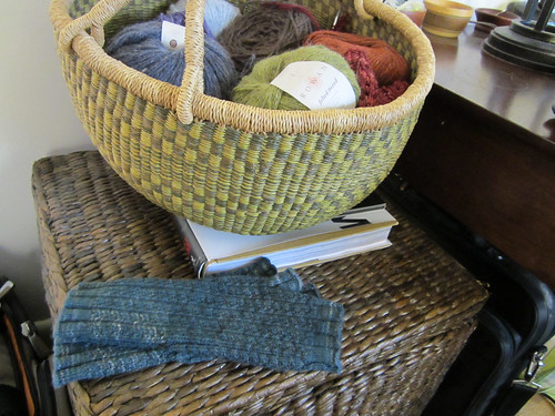 Hedgerow Mitts-8.JPG