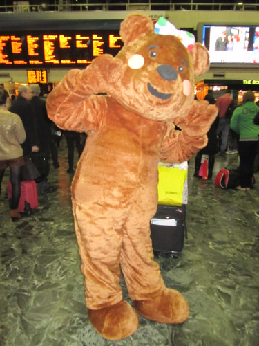 Bear collecting for Children in Need  at Euston Station