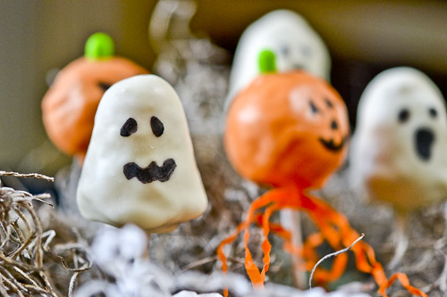Halloween Cake Pops 4