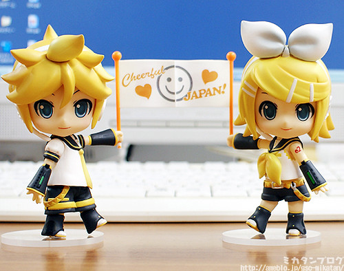 Nendoroid Kagamine Len and Rin Support version