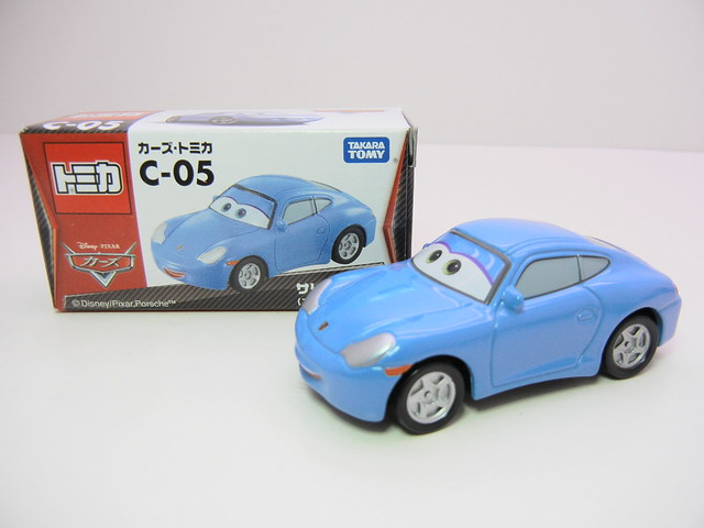 disney cars tomica c-05 sally (2)