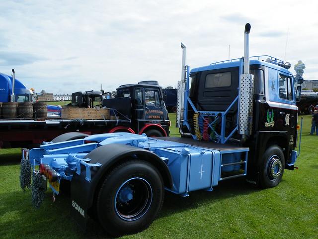 Gunnings Motors - UJN 509V