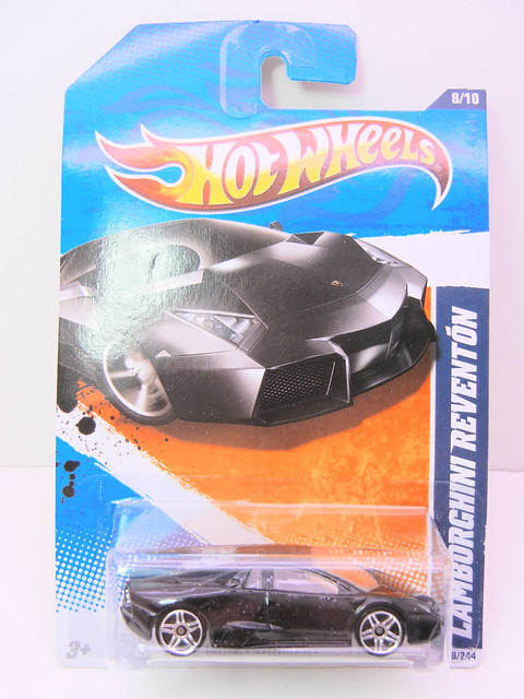 hot wheels black lamborghini reventon (1)