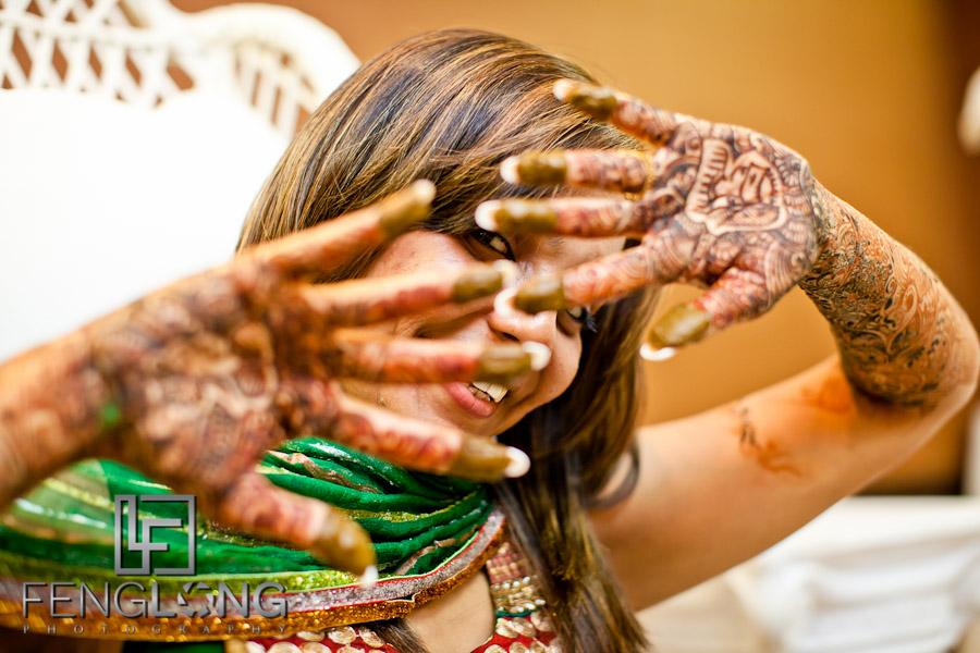 Bride's Henna Hands | Shamz & Sana's Wedding Day 1 | Hyatt Place Atlanta Airport South | Atlanta Indian Photographer