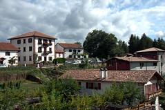 Caseríos en Zugarramurdi, Navarra