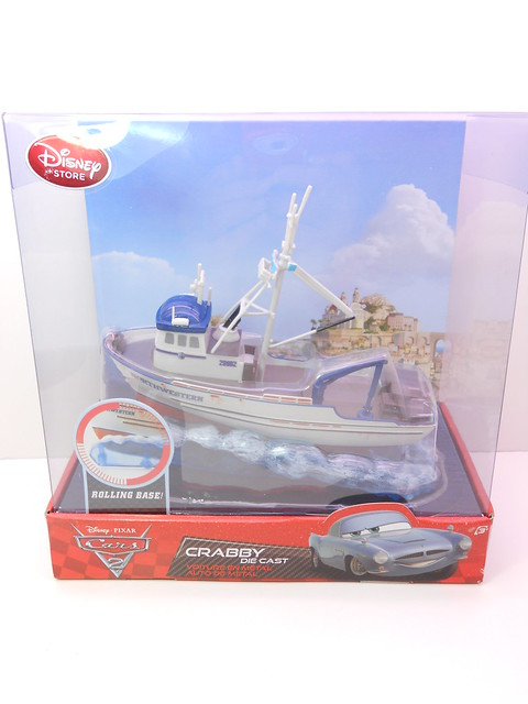disney store cars 2 crabby the boat (1)