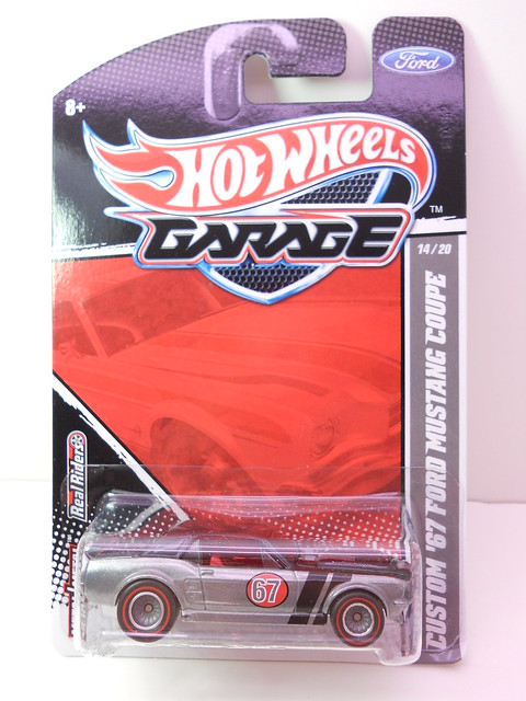 hot wheels garage custom '67 ford mustang coupe (1)