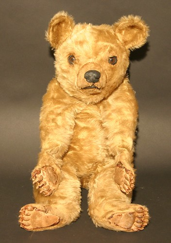 A  1950's Deans Rag Book Co, Tru-to-Life bear which sold for £900