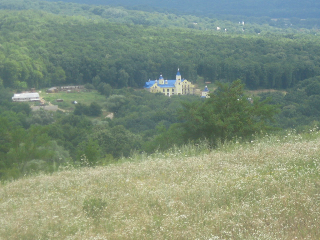 Manastirea Veverita8
