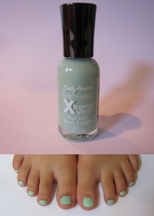 Sally Hansen Xtreme Wear in Mint Sorbet