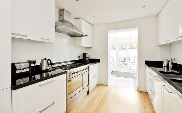Nice, stylish Chelsea kitchen