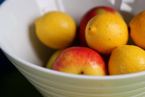 Sunday: apples and lemons