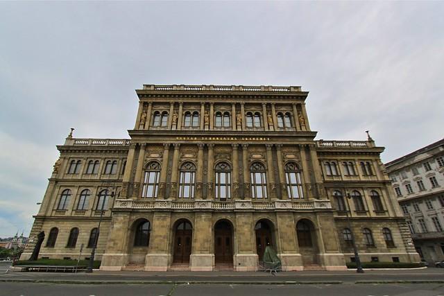 Académie hongroise des sciences, Budapest