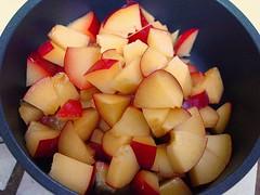 plums pan