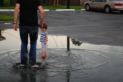 Daddy makes big splashes.