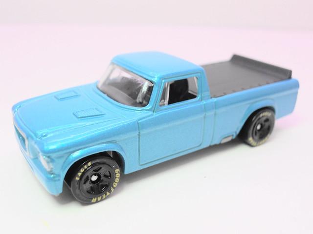 hot wheels '62 studebaker champ blue (2)