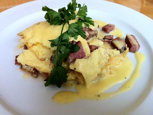 Breakfast at Fenns Quay makes even a Thursday feel like a holiday. Custom spiced beef and Hollandaise sauce omelet