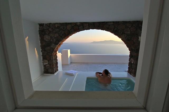 Vue du bain tourbillon de l'hôtel San Antonio, Santorin, Grèce