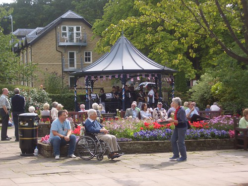 Bandstand... with a band!