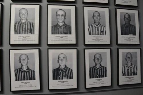 Fotos prisioneros Auschwitz I