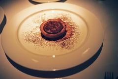 Il Tortino di Cioccolato Nero con Salsa di Cioccolato Bianco (Warm Dark Chocolate Tart with White Chocolate Sauce)