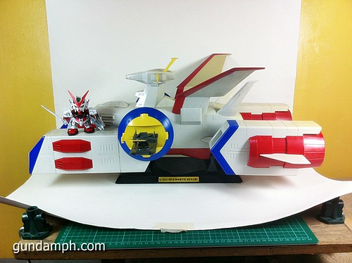 1 400 Gundam White Base Pre Owned (4)