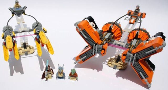 Picture of the full Podracers set, in all its glory