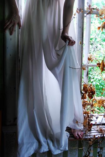 bone dress - 8