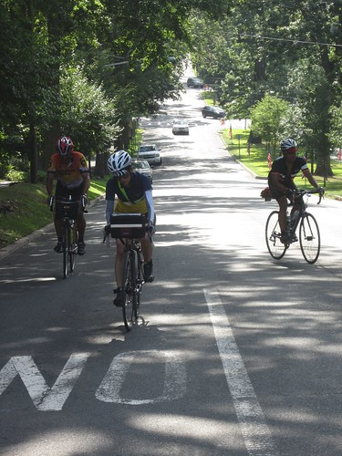 5 miles away from the finish line we hit the last climb, Madison Ave, short but steep