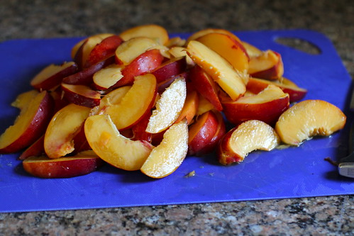 sliced nectarines