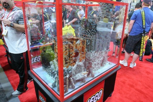 AFOL Castle Display Case - LEGO Booth at Comic Con - 16
